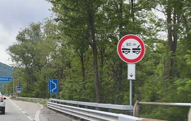 cartelli superstrada 80